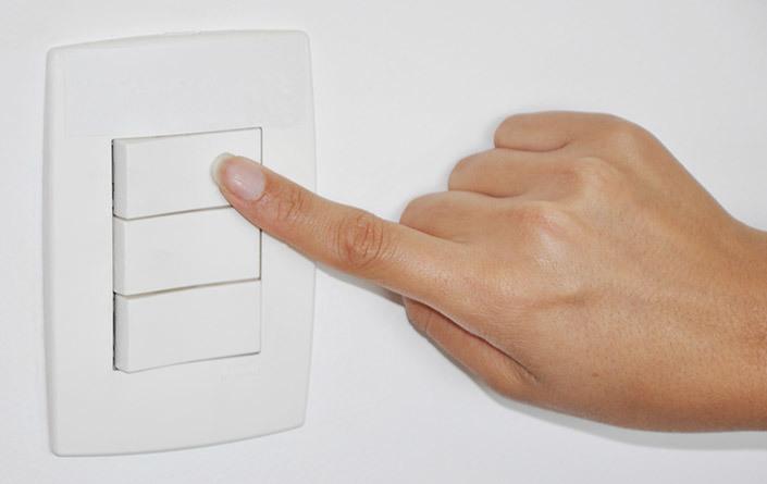 Economize energia mesmo quando não está em casa