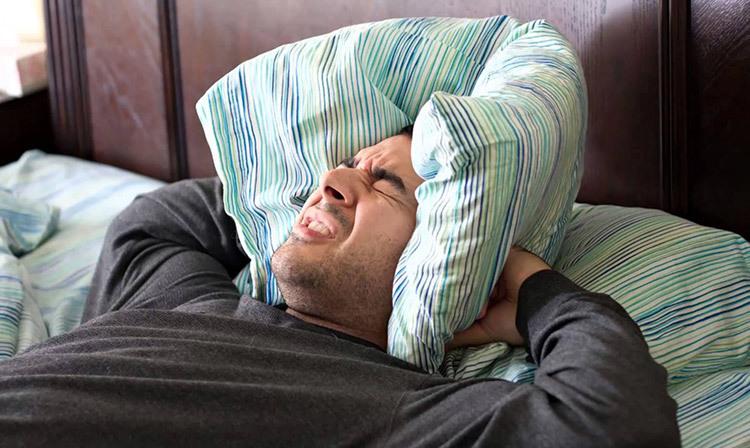 12 Formas de diminuir o barulho em casa